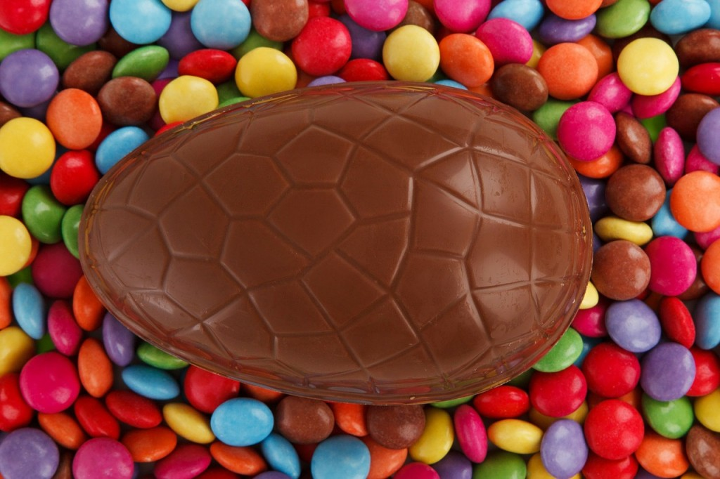 smarties easter egg (pixabay.com)